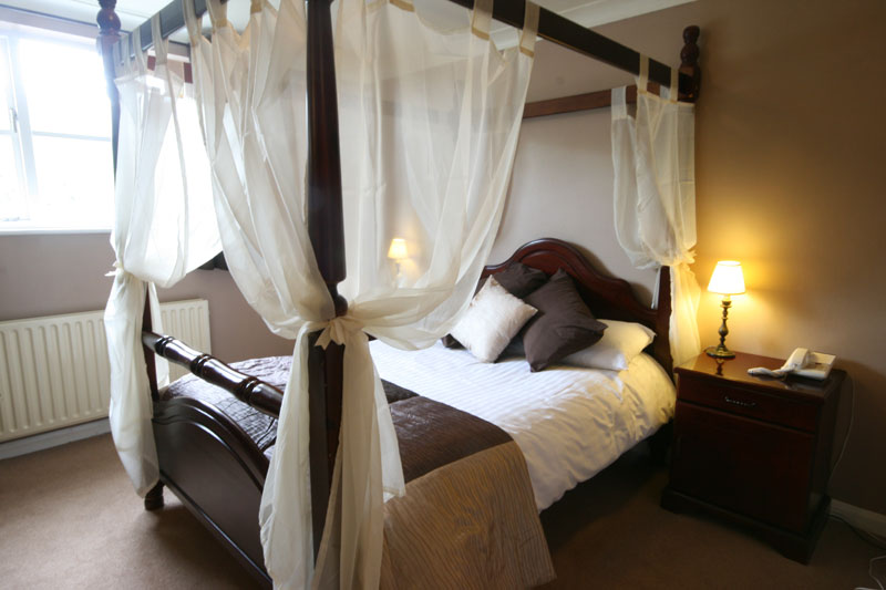 Romantic Four Poster Beds dartmoor lodge hotel rooms